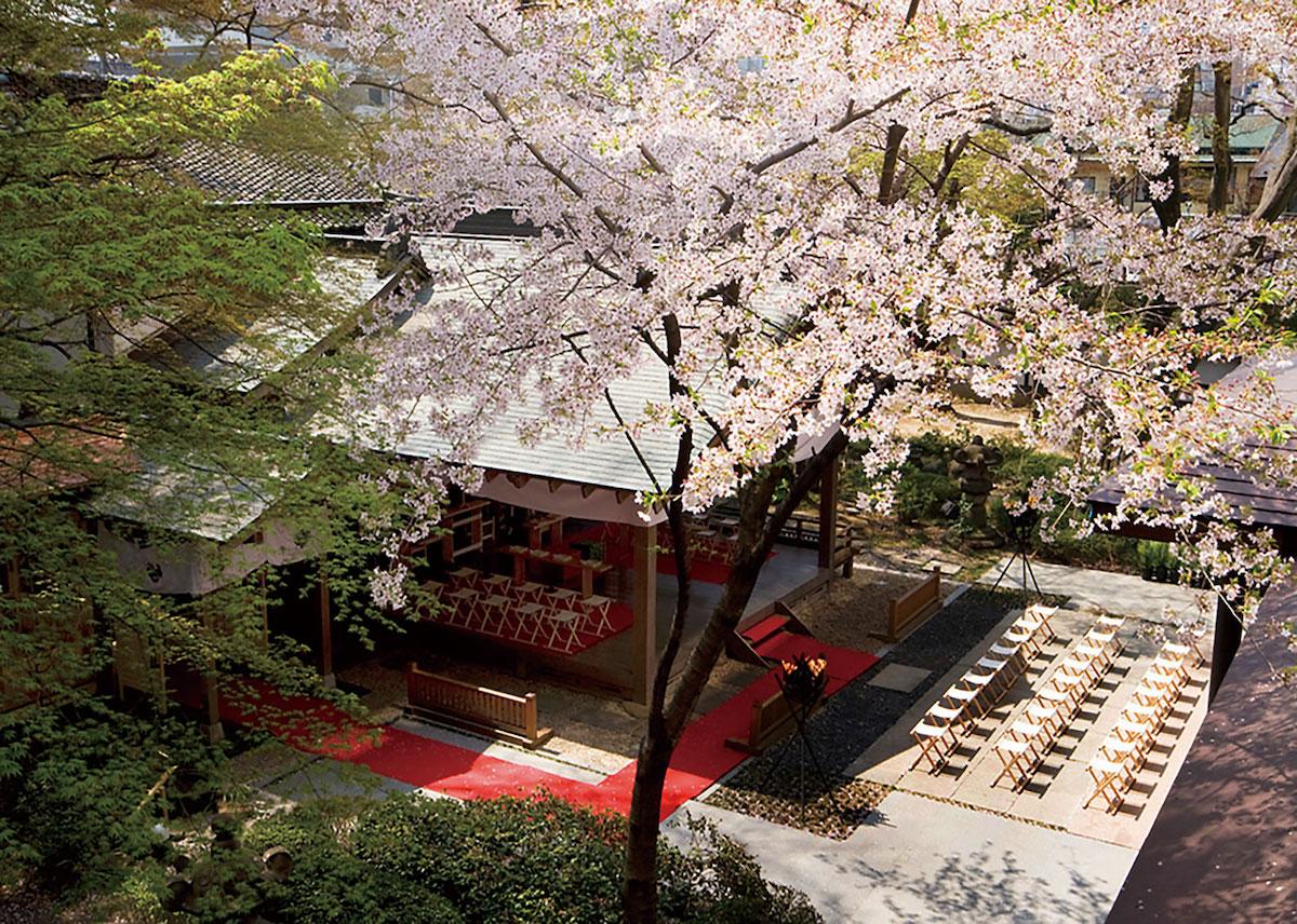 藏舞台神殿(SHOZANKAN 仙台勝山館)